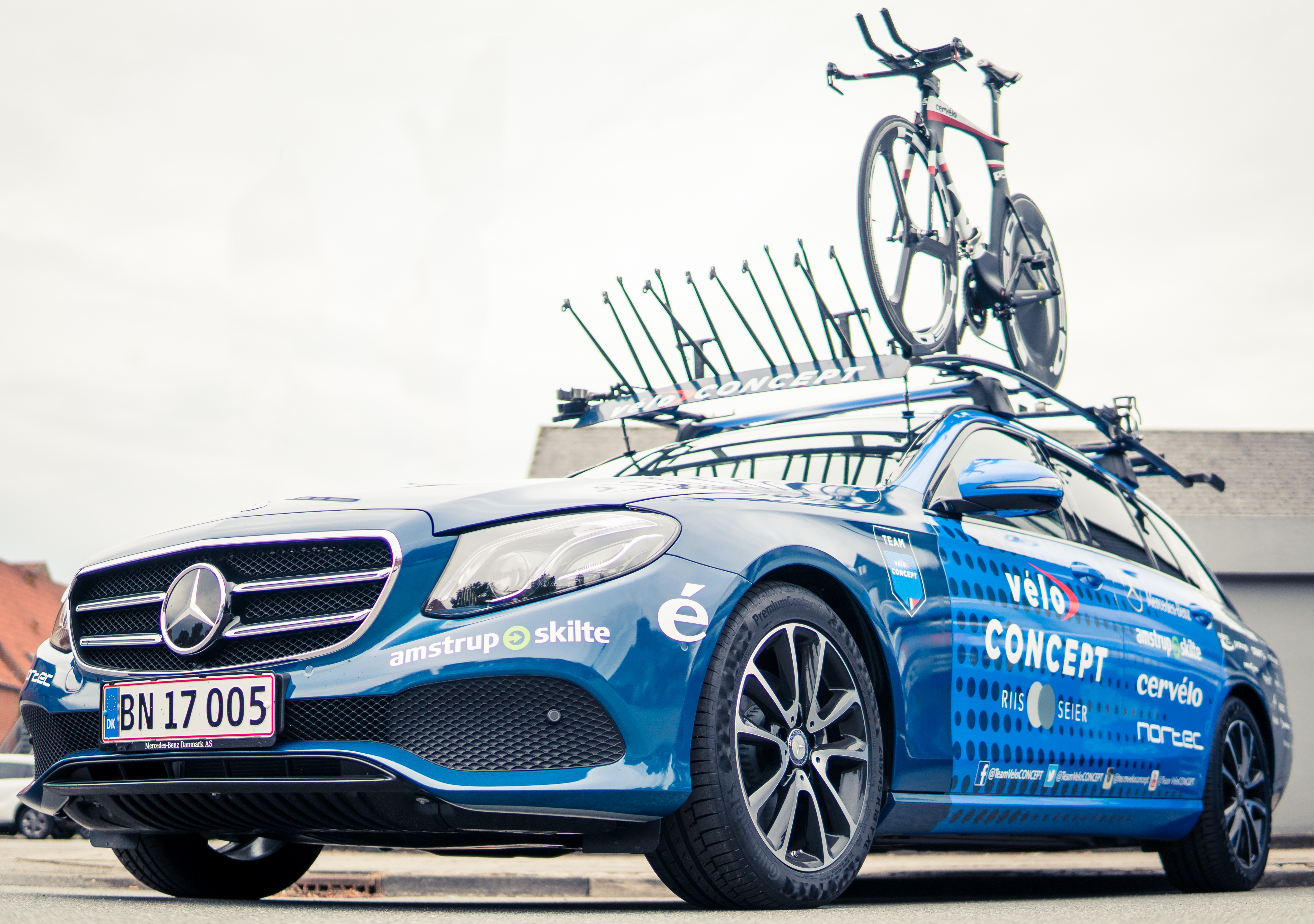 Riis Seier Project in Innovative Partnership with Mercedes-Benz Danmark